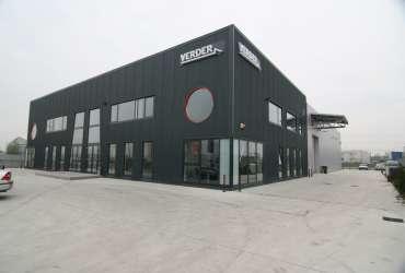 hangar industriel construction de b timents pour l 39 industrie. Black Bedroom Furniture Sets. Home Design Ideas