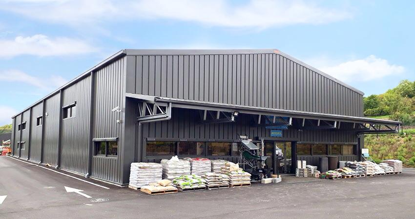 Aubert-Materiaux-Frisomat-magasin-hall-stockage-France-Yvelines