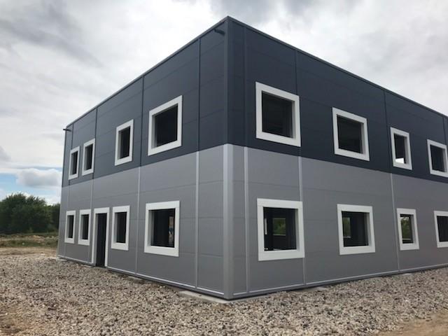 Stradanova-batiment-industriel-France-10-Bureaux-atelier-mezzanine